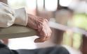 Μέχρι και 40% αυξάνει τον κίνδυνο άνοιας η μοναξιά!