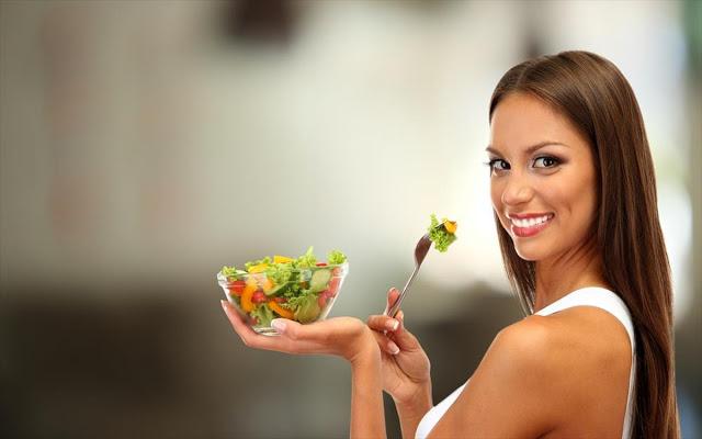 Ποιες τροφές μπορούν να μας χαρίζουν ένα υγιές και λαμπερό δέρμα; - Φωτογραφία 1