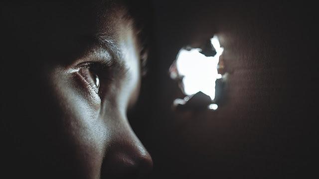 Φρίκη στα Ιωάννινα: 20χρονος Σύρος βίασε τρίχρονο αγοράκι σε hotspot - Φωτογραφία 1