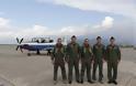 Καλαμάτα: Εντυπωσιακή αεροπορική επίδειξη στην 120 ΠΕΑ (BINTEO) - Φωτογραφία 2