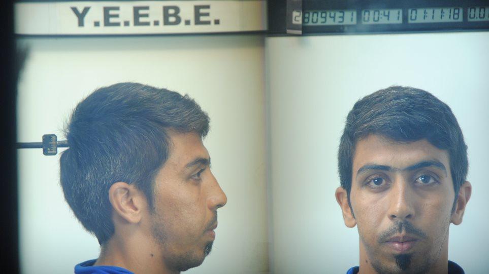 Θεσσαλονίκη: Αυτός είναι ο Αφγανός που χτύπησε και ασέλγησε σε ανήλικο - Φωτογραφία 1
