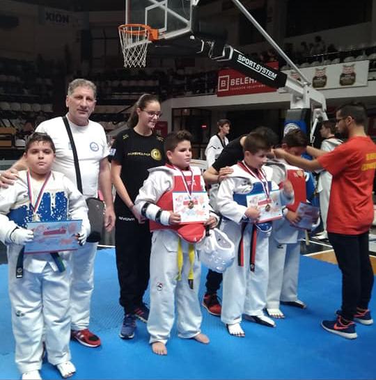 Εντυπωσίασαν οι μικροί του ΚΕΝΤΑΥΡΟΥ ΑΣΤΑΚΟΥ στο διασυλλογικό πρωτάθλημα TAEKWONDO στην Πάτρα | ΦΩΤΟ - Φωτογραφία 3