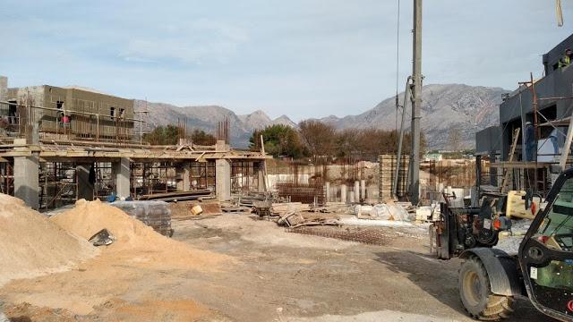 Προχωρούν οι εργασίες κατασκευής του νέου 5άστερου ξενοδοχείου στον ΜΥΤΙΚΑ | ΦΩΤΟ - Φωτογραφία 45