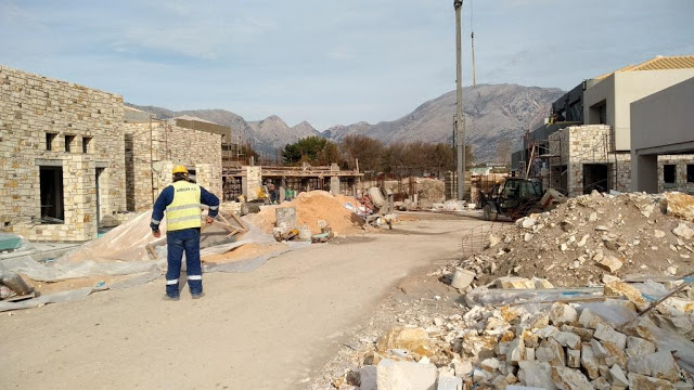 Προχωρούν οι εργασίες κατασκευής του νέου 5άστερου ξενοδοχείου στον ΜΥΤΙΚΑ | ΦΩΤΟ - Φωτογραφία 52