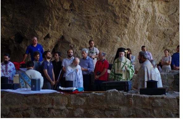 Άγιος Νικόλαος, ο Προστάτης των απανταχού Ναυτικών, τα θαύματά του και η διαδρομή των Ιερών Λειψάνων του από την Αιτωλοακαρνανία προς το Μπάρι της Ιταλίας - Φωτογραφία 7