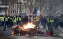 Κίτρινα γιλέκα: Πανικός στη Γαλλία – Μπαράζ συλλήψεων, εκατοντάδες τραυματίες - Φωτογραφία 2