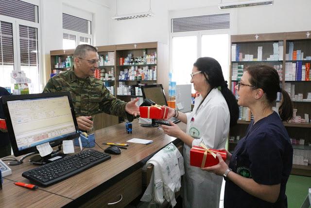 Επισκέψεις Αρχηγού ΓΕΣ σε Σχηματισμούς και Υπηρεσίες του Στρατού Ξηράς στη Θεσσαλία για Ανταλλαγή Ευχών - Φωτογραφία 9
