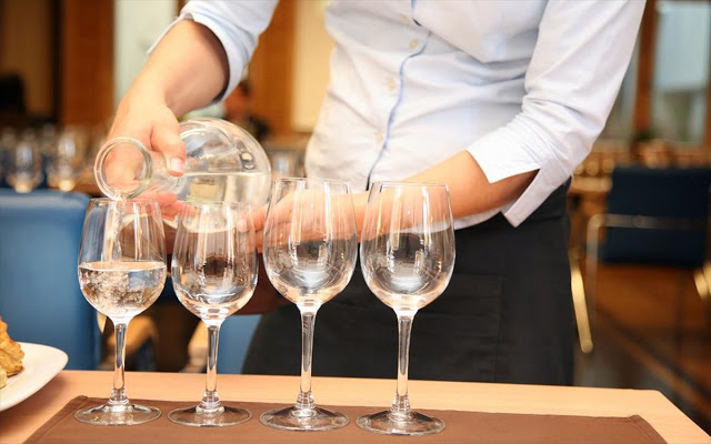 Το νερό σε ... κρασί κατάφερε να μετατρέψει μια εταιρεία! - Φωτογραφία 1