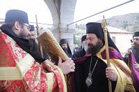 11529 - Ο Μητροπολίτης Πέτρας κ. Γεράσιμος στην Ιερά Μονή Καρακάλλου Αγίου Όρους - Φωτογραφία 1