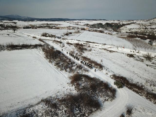 Εντυπωσιακές φωτό: Ο Στρατός Ξηράς στα Χιόνια - Φωτογραφία 18