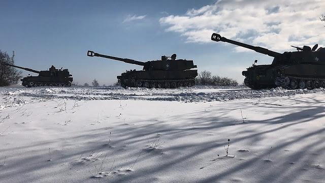 Εντυπωσιακές φωτό: Ο Στρατός Ξηράς στα Χιόνια - Φωτογραφία 6