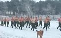 Εντυπωσιακές φωτό: Ο Στρατός Ξηράς στα Χιόνια