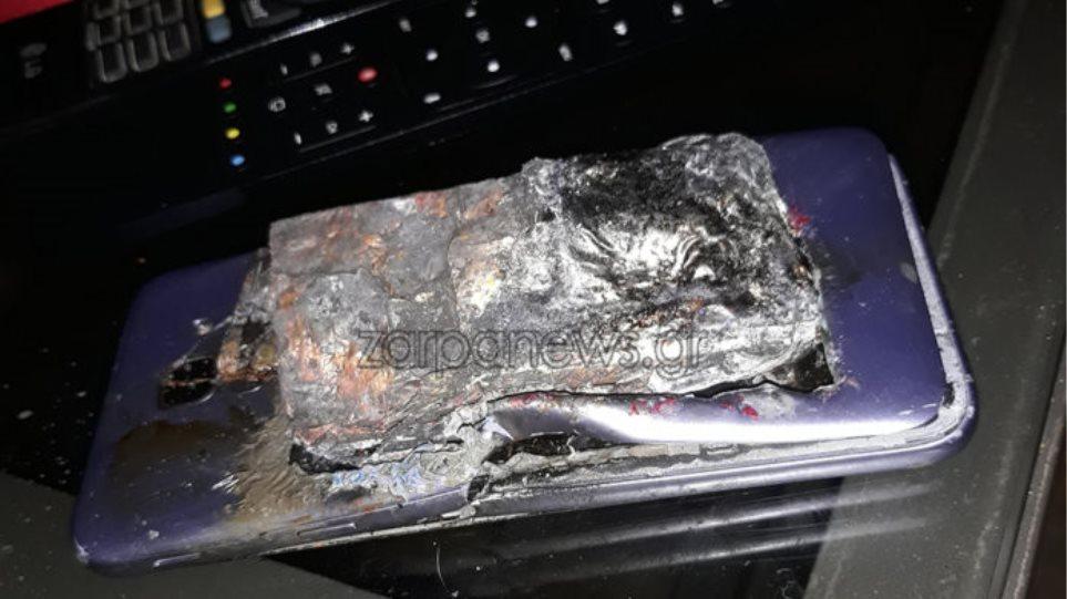 Smartphone εξερράγη στην τσέπη μαθητή - - Φωτογραφία 1