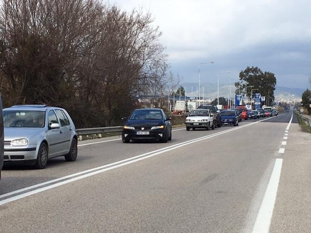 Ανατροπή αυτοκινήτου στην εθνική οδό στο Αγρίνιο- σώος ο οδηγός (φωτο) - Φωτογραφία 13