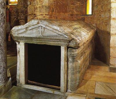 Ο Τάφος του Αγίου Αποστόλου και Ευαγγελιστή Λουκά - Φωτογραφία 1