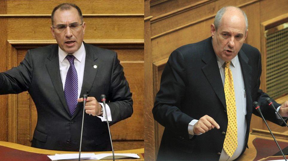 Δ. Καμμένος προς Κουϊκ στη Βουλή: Πούλησες τη Μακεδονία και ήρθες να ορκιστείς, ντροπή - Φωτογραφία 1