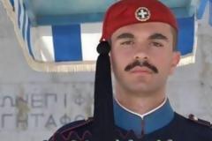 Δυτική Ελλάδα: Αυτός είναι ο Πατρινός εύζωνας της Προεδρικής Φρουράς που πέθανε ξαφνικά – Θρήνος για τον 27χρονο (ΔΕΙΤΕ ΦΩΤΟ)