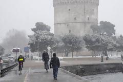 Κακοκαιρία: Χιόνια σε Θεσσαλονίκη, Τρίκαλα και Σαμοθράκη