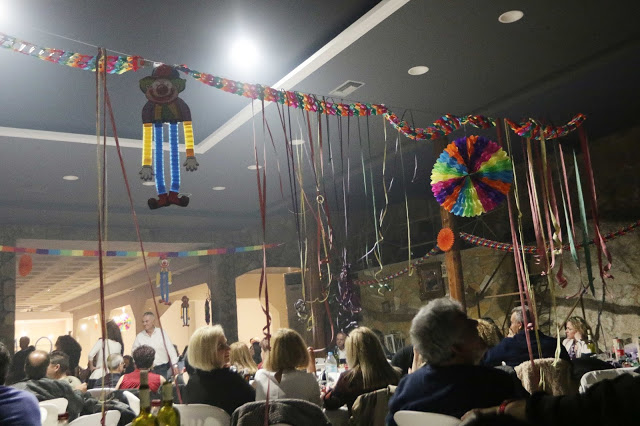 Πολυκοσμία στον Αποκριάτικο χορό του ΗΡΑΚΛΗ ΑΣΤΑΚΟΥ στο κτήμα ΙΟΝΙΟ (φωτο: Make art) - Φωτογραφία 108