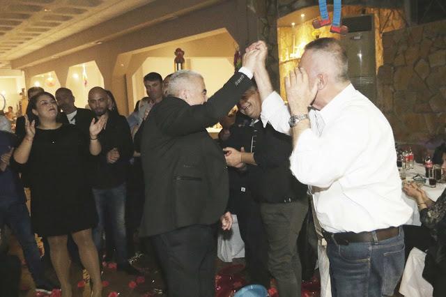 Πολυκοσμία στον Αποκριάτικο χορό του ΗΡΑΚΛΗ ΑΣΤΑΚΟΥ στο κτήμα ΙΟΝΙΟ (φωτο: Make art) - Φωτογραφία 118
