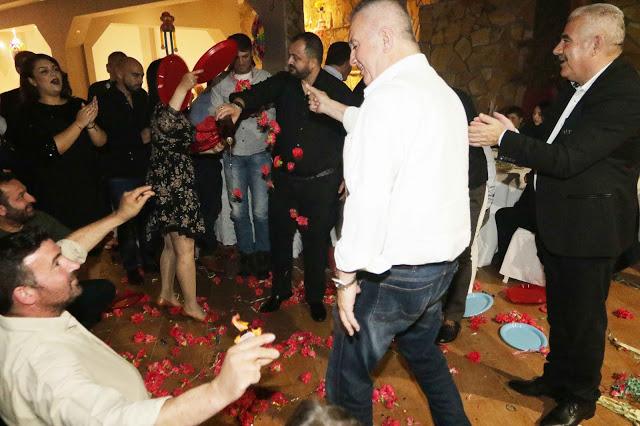 Πολυκοσμία στον Αποκριάτικο χορό του ΗΡΑΚΛΗ ΑΣΤΑΚΟΥ στο κτήμα ΙΟΝΙΟ (φωτο: Make art) - Φωτογραφία 125