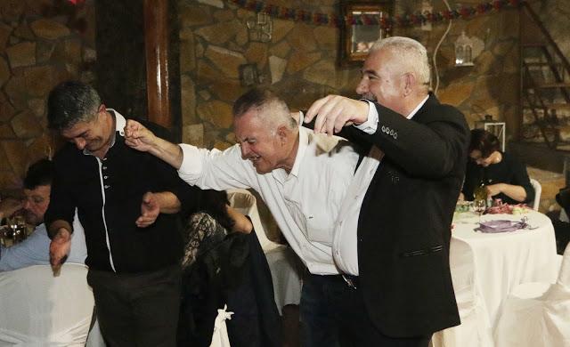 Πολυκοσμία στον Αποκριάτικο χορό του ΗΡΑΚΛΗ ΑΣΤΑΚΟΥ στο κτήμα ΙΟΝΙΟ (φωτο: Make art) - Φωτογραφία 127