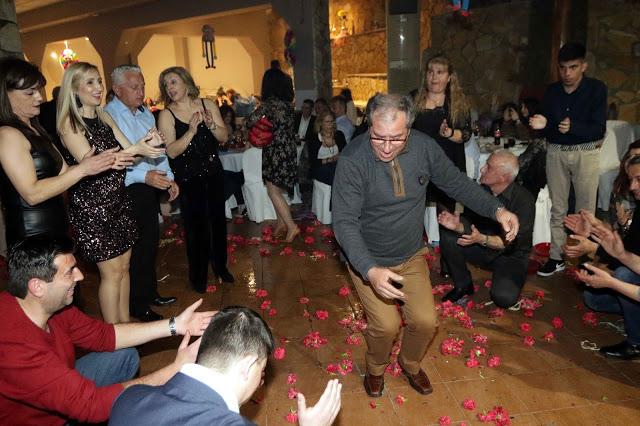 Πολυκοσμία στον Αποκριάτικο χορό του ΗΡΑΚΛΗ ΑΣΤΑΚΟΥ στο κτήμα ΙΟΝΙΟ (φωτο: Make art) - Φωτογραφία 130