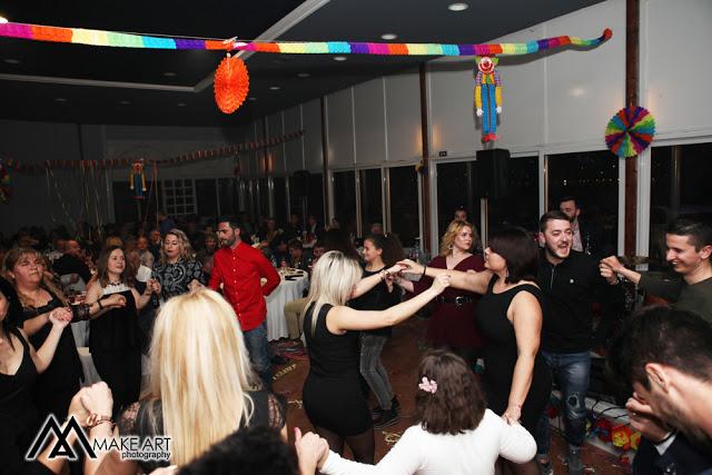 Πολυκοσμία στον Αποκριάτικο χορό του ΗΡΑΚΛΗ ΑΣΤΑΚΟΥ στο κτήμα ΙΟΝΙΟ (φωτο: Make art) - Φωτογραφία 58