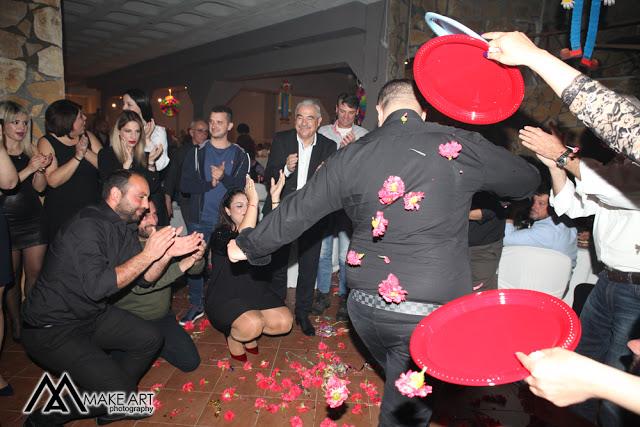 Πολυκοσμία στον Αποκριάτικο χορό του ΗΡΑΚΛΗ ΑΣΤΑΚΟΥ στο κτήμα ΙΟΝΙΟ (φωτο: Make art) - Φωτογραφία 70