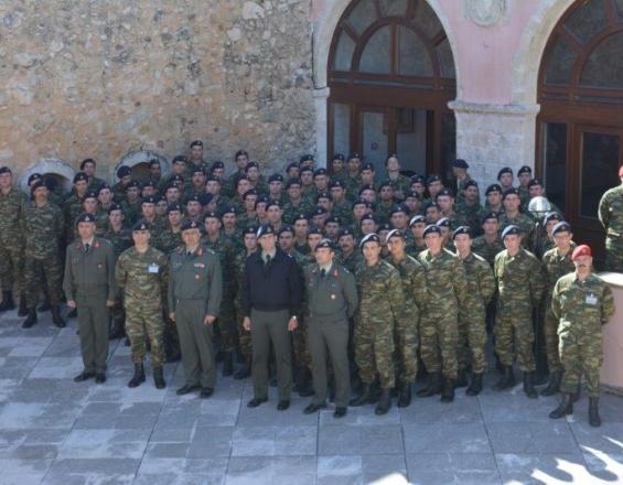 Μαθητές της ΣΕΑΠ ξεναγούνται στην ιστορία στο Στρατιωτικό μουσείο Ρεθύμνου (φωτο) - Φωτογραφία 1