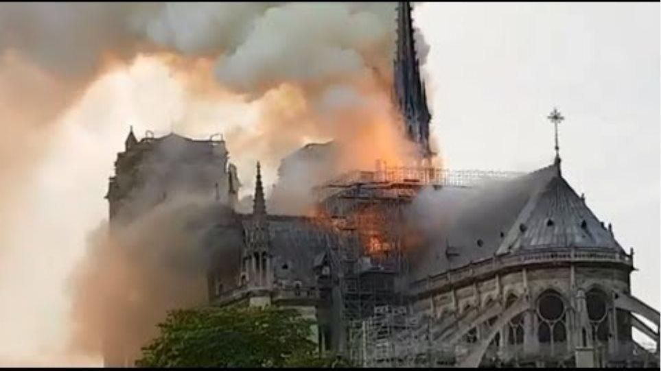 Παναγία των Παρισίων: Τεράστια καταστροφή - Σώθηκαν το κύριο κτίσμα και οι πύργοι - Φωτογραφία 2