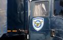 Πατρών - Πύργου: Αποκόλληση τροχών από φορτηγό της Πολεμικής Αεροπορίας - Μια τραυματίας