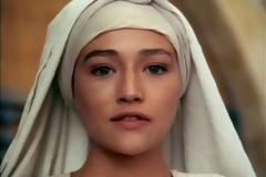 ''Ο Ιησούς από τη Ναζαρέτ'': Έτσι είναι σήμερα η ηθοποιός που ενσάρκωσε την Παναγία (photos)