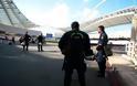 Aστυνομικός κοιμήθηκε στην κερκίδα του ΟΑΚΑ (ΦΩΤΟ)