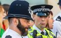 Σε όλον τον κόσμο επιτρέπεται το μούσι στους ένστολους αστυνομικούς, γιατί όχι και στην Ελλάδα - του Ηλία Βρέντα - Φωτογραφία 1