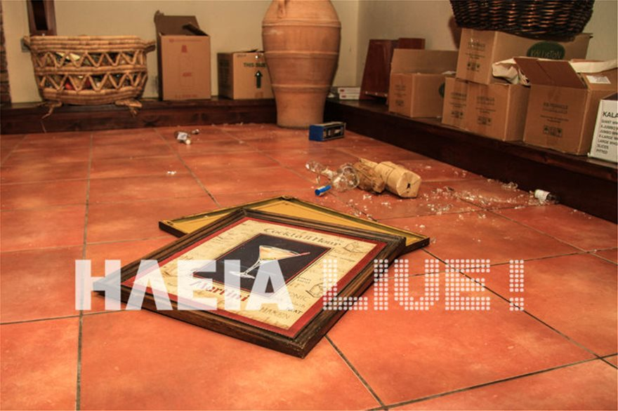 Ζημιές από τους σεισμούς στην Ηλεία - Βράχος έπεσε σε αυλή σπιτιού - Φωτογραφία 3