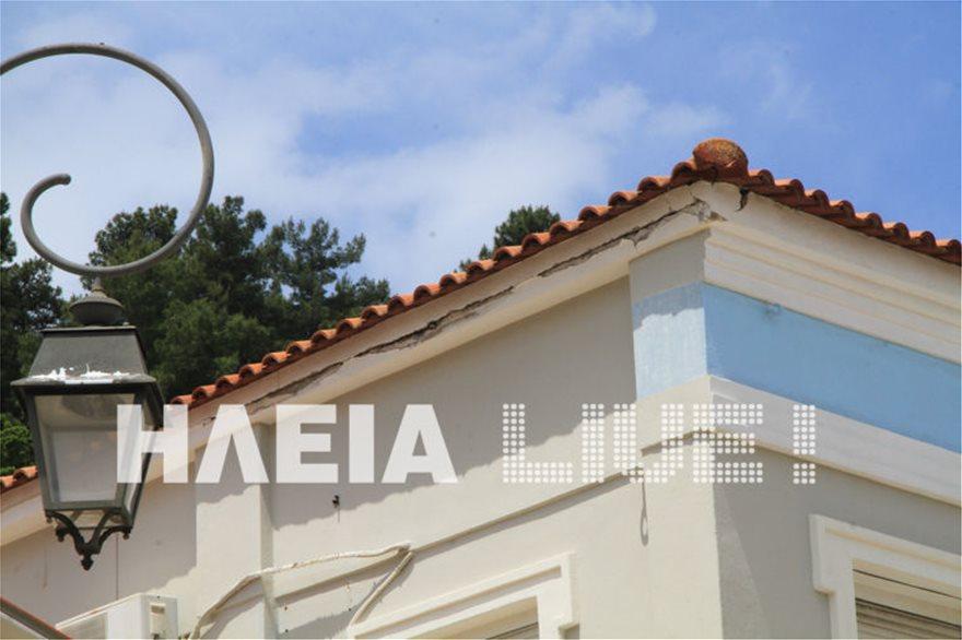 Ζημιές από τους σεισμούς στην Ηλεία - Βράχος έπεσε σε αυλή σπιτιού - Φωτογραφία 7