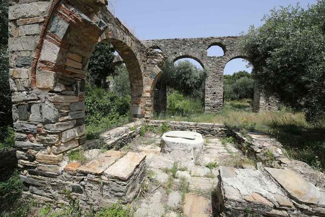 12049 - Η διαδρομή Βατοπαίδι - Παντοκράτορος από το μονοπάτι (φωτογραφίες) - Φωτογραφία 41