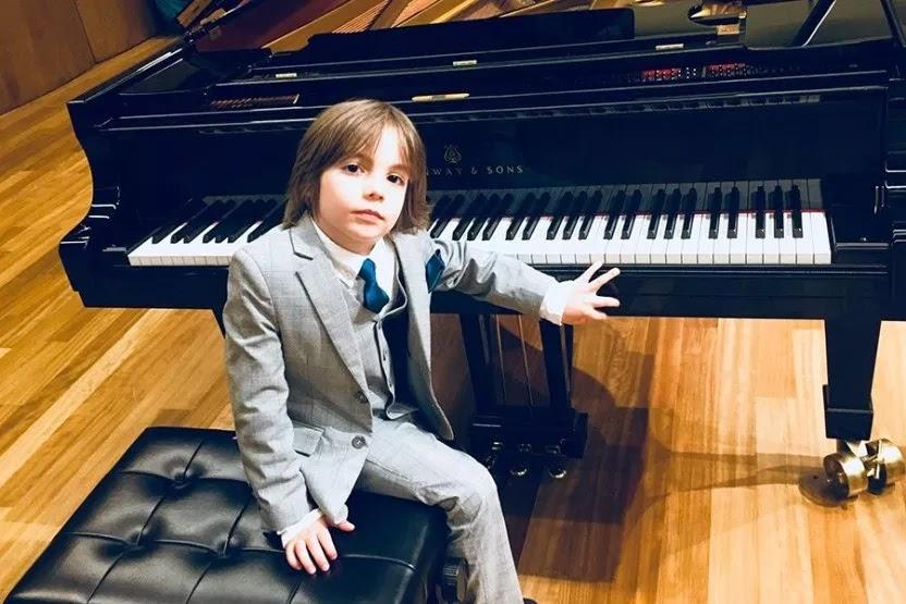 Στέλιος Κερασίδης: 6χρονος σολίστας κατακτά τον κόσμο με τις νότες του (Video) - Φωτογραφία 1