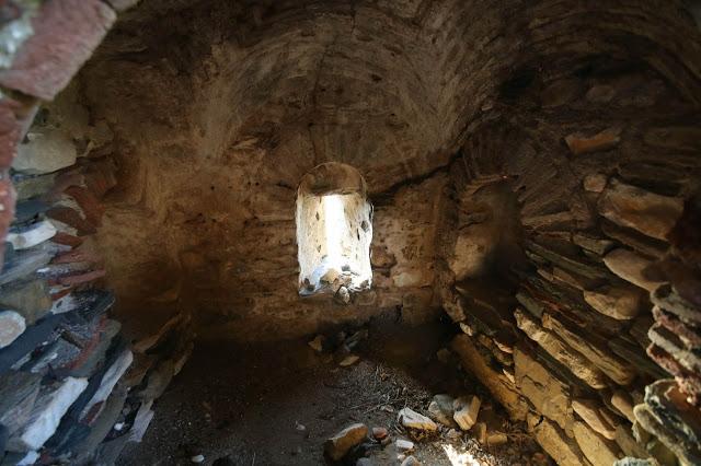 12133 - Ο πύργος της μονής του Καλέτζη (Κολιτσού). Θρύλος, ιστορία, φωτογραφίες - Φωτογραφία 29