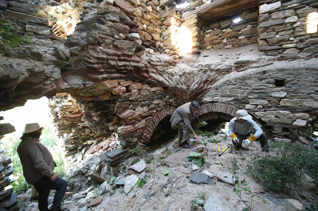 12133 - Ο πύργος της μονής του Καλέτζη (Κολιτσού). Θρύλος, ιστορία, φωτογραφίες - Φωτογραφία 39