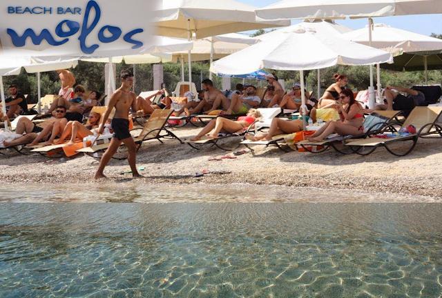 Το club MOLOS άνοιξε τις πύλες του και σας περιμένει στη Πογωνιά- ΠΑΛΑΙΡΟΥ και αυτό το καλοκαίρι!! - Φωτογραφία 1