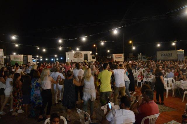 Με πολύ κόσμο πραγματοποιήθηκε το πανηγύρι Γιορτή Λαού 2019 στη Γέφυρα Αχελώου Αγρινίου -ΦΩΤΟ - Φωτογραφία 11