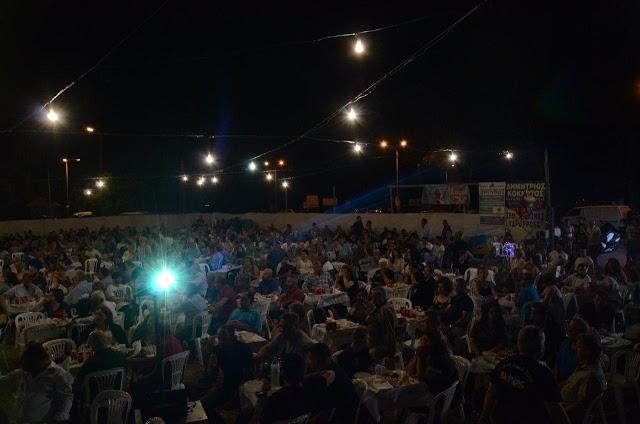 Με πολύ κόσμο πραγματοποιήθηκε το πανηγύρι Γιορτή Λαού 2019 στη Γέφυρα Αχελώου Αγρινίου -ΦΩΤΟ - Φωτογραφία 15