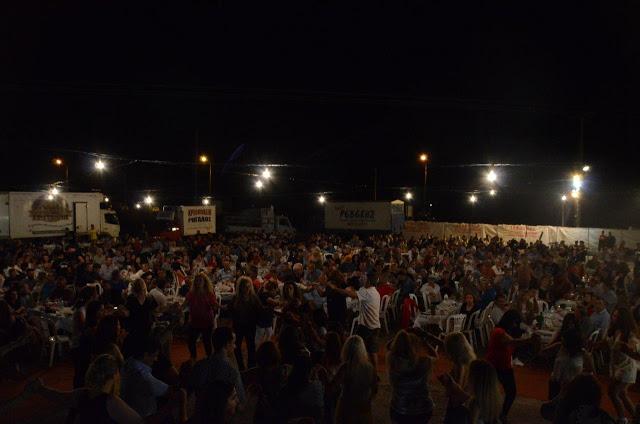 Με πολύ κόσμο πραγματοποιήθηκε το πανηγύρι Γιορτή Λαού 2019 στη Γέφυρα Αχελώου Αγρινίου -ΦΩΤΟ - Φωτογραφία 25