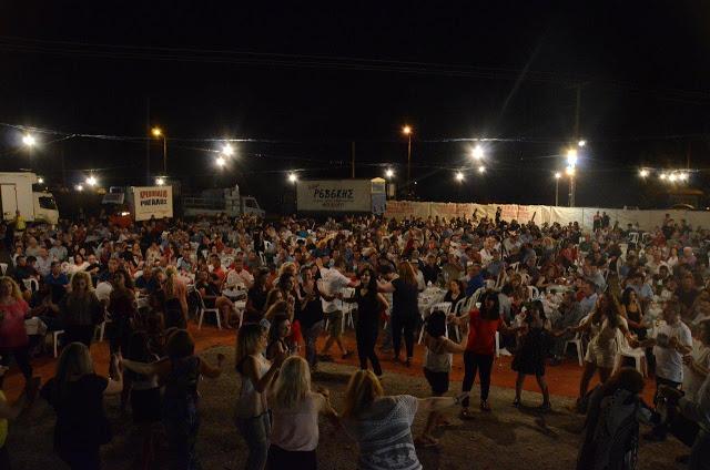 Με πολύ κόσμο πραγματοποιήθηκε το πανηγύρι Γιορτή Λαού 2019 στη Γέφυρα Αχελώου Αγρινίου -ΦΩΤΟ - Φωτογραφία 30