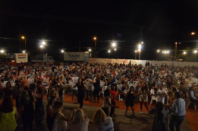 Με πολύ κόσμο πραγματοποιήθηκε το πανηγύρι Γιορτή Λαού 2019 στη Γέφυρα Αχελώου Αγρινίου -ΦΩΤΟ - Φωτογραφία 31