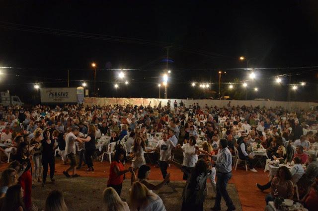 Με πολύ κόσμο πραγματοποιήθηκε το πανηγύρι Γιορτή Λαού 2019 στη Γέφυρα Αχελώου Αγρινίου -ΦΩΤΟ - Φωτογραφία 32