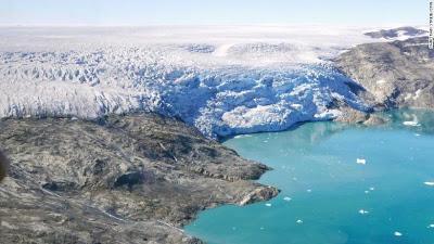 Ο πλανήτης εκπέμπει SOS: Πάνω από το 40% των πάγων της Γροιλανδίας έλιωσε σε μόλις μία εβδομάδα - Φωτογραφία 1