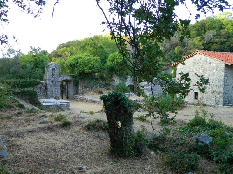 Μοναστήρια στο νησί της Λευκάδας - Φωτογραφία 10